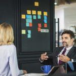 職場で上司からの信頼・信用を勝ち取る方法。出世するには上司の評価が必須