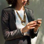 職場のムカつくババアの特徴や対処法について。仕返しするべき?